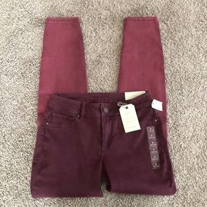 Maurices Mid Rise Jegging NWT